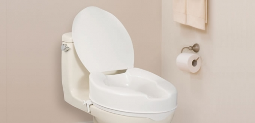 Siège de toilette allongé et surélevé, avec couvercle, par AquaSense®